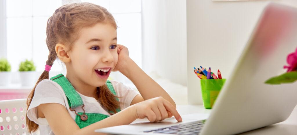 Když se děti učí doma, udělejte jim ztoho zábavu
