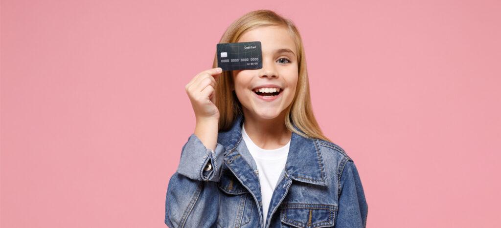 Jak vybrat účet pro dítě? Zaměřte se na poplatky, práva a přehlednost